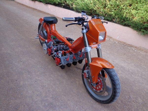 les autres montures 103-8-cylindres-orange-300x225@2x
