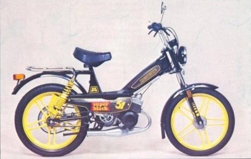 http://www.mobylette-mag.fr/wp-content/uploads/2016/03/m51-super-black-motobecane-mobylette-1984-noir-jaune1.jpg