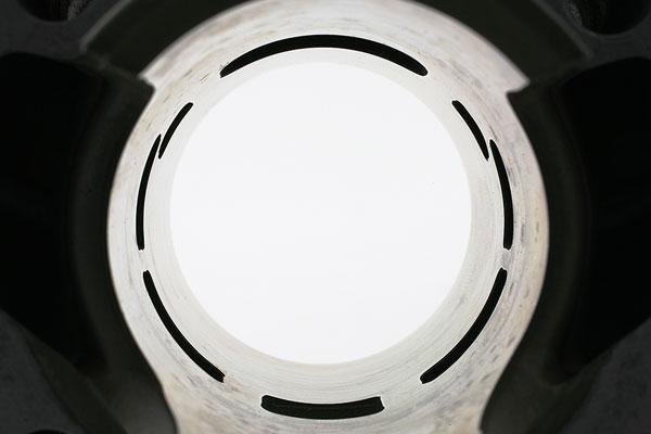 5 transferts et 1 lumière d'échappement à boosters